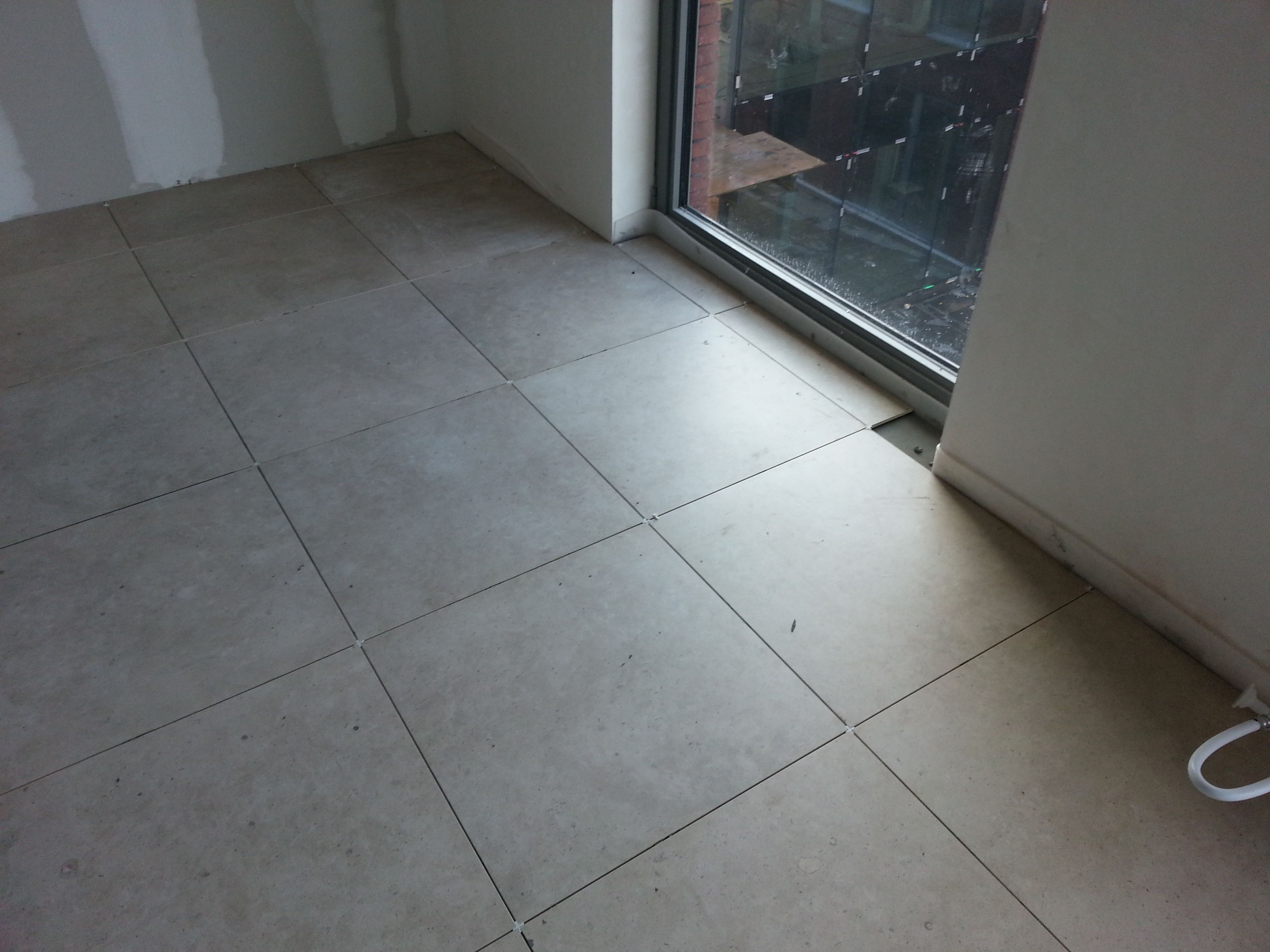 vloeren tegels wevelgem tehalux